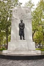 Monument à sir Wilfrid Laurier, Émile Brunet