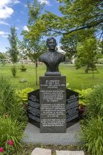 Buste du Dr. José P. Rizal, Abdulmari Jr. De Leon Imao