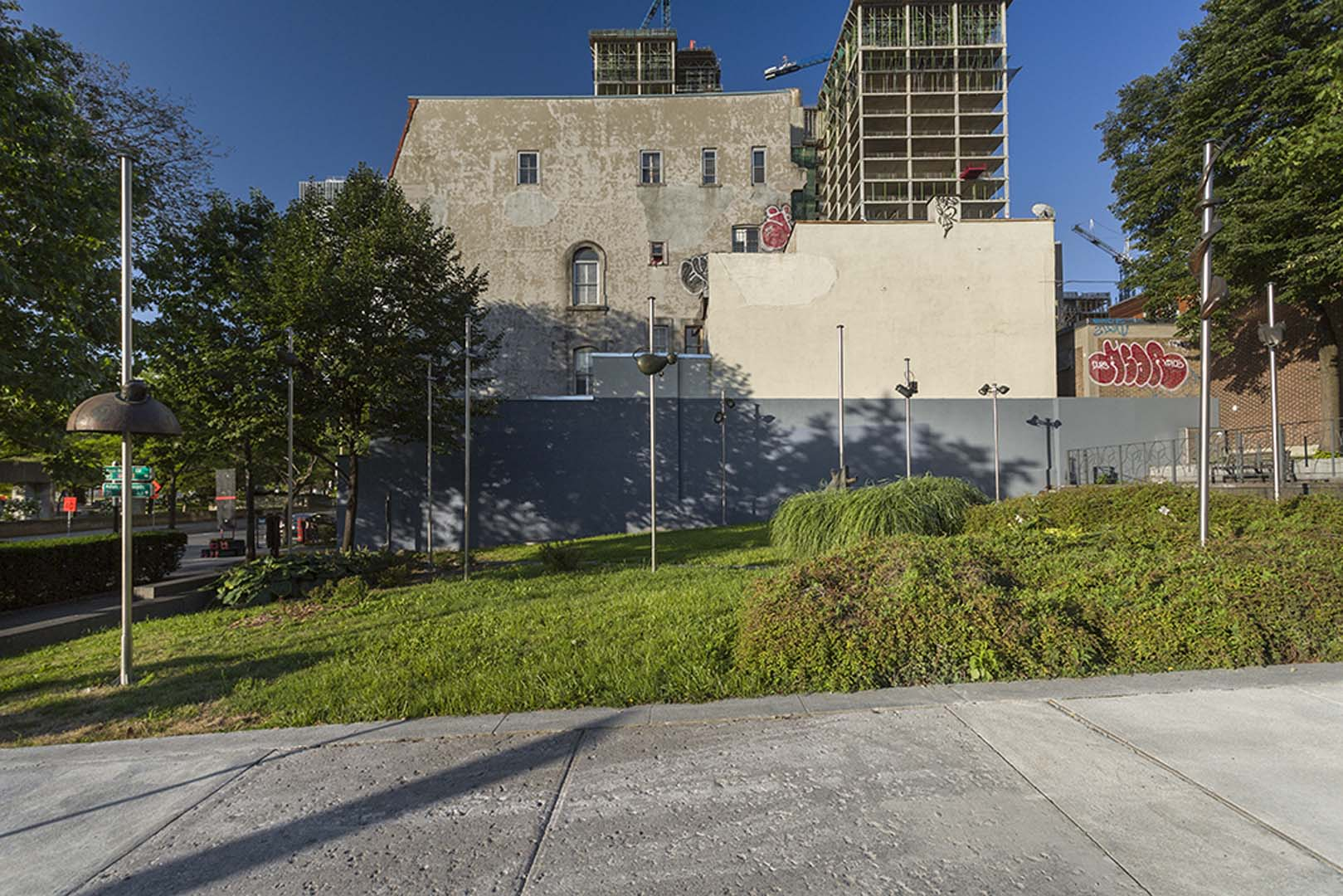 Bureau d 39 art public ville de montr al le jardin de lyon for Jardin zoologique de lyon