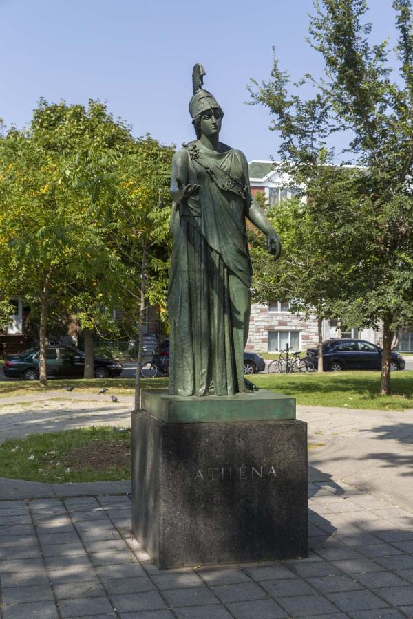 Athéna, Spyros Gokakis