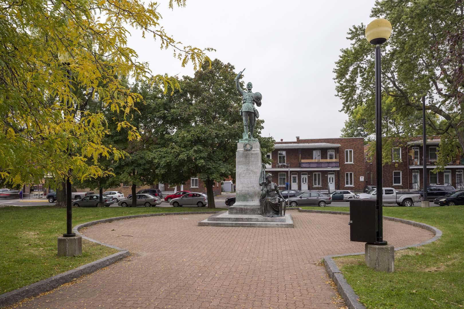 Bureau d 39 art public ville de montr al monument aux - Piscine interieure verdun montreal toulouse ...