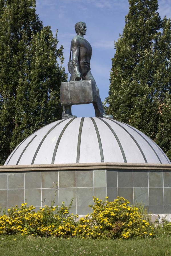 Monument à l